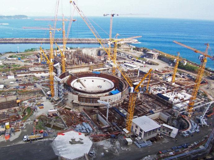 Aneel autoriza reajuste e brasileiros pagarão R$18 bilhões a mais na conta de energia